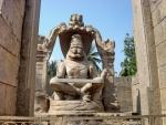 Cтатуя Нарасимхи. Это бог Вишну в ипостаси человека-льва