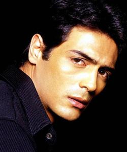 индийские актеры мужчины смотреть фото