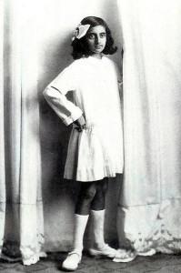 фото Индиры Ганди в детстве