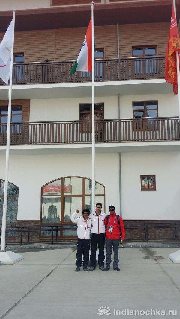 церемония поднятия флага Индии