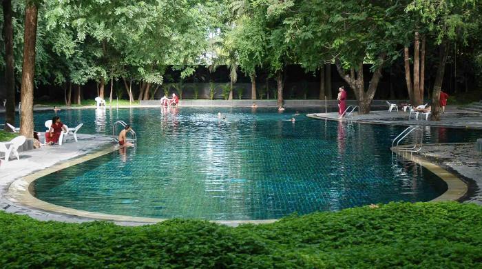 Ашрам Ошо - бассейн