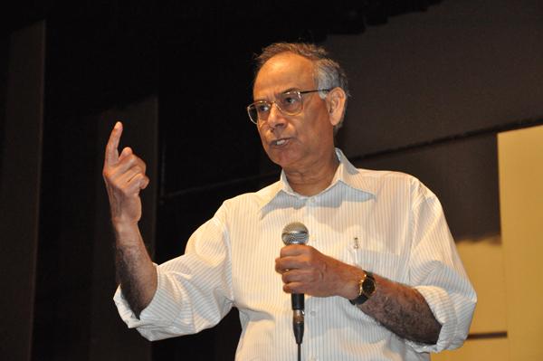 Доктор Ананда Чакрабарти