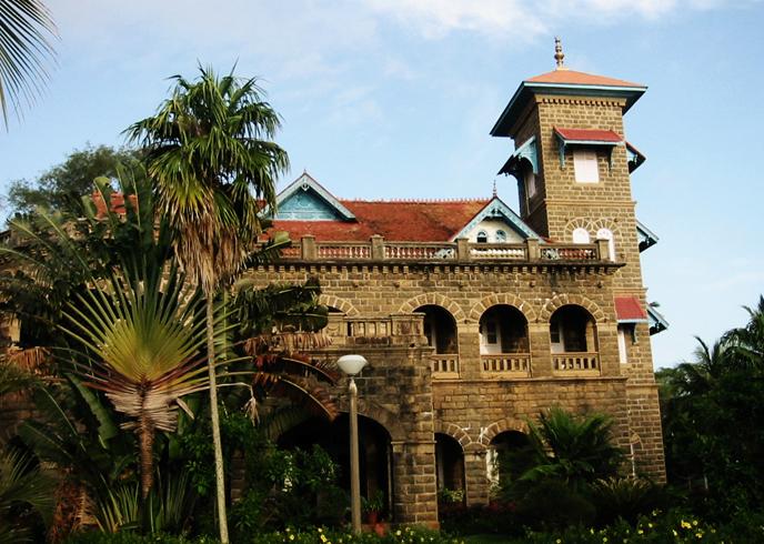 Дворец Ковалам