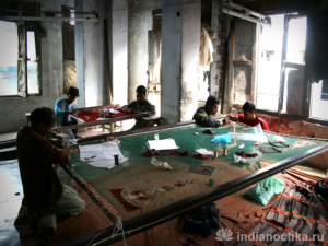 Вышивка Индии