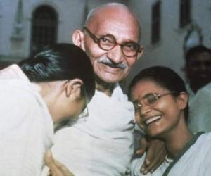 Махатма Ганди - отец нации