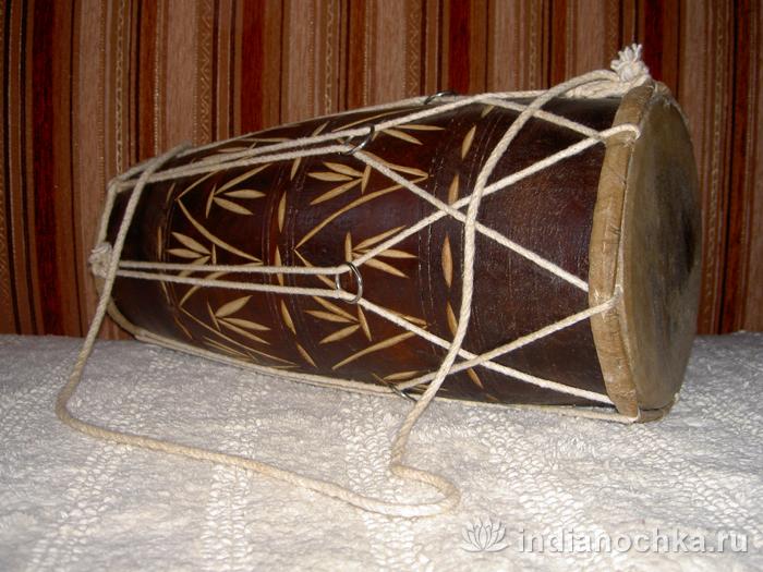Барабан из Гоа (Индия)