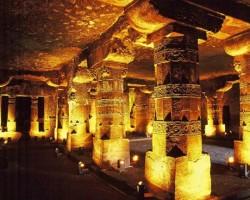 Аджанта - пещеры в Индии