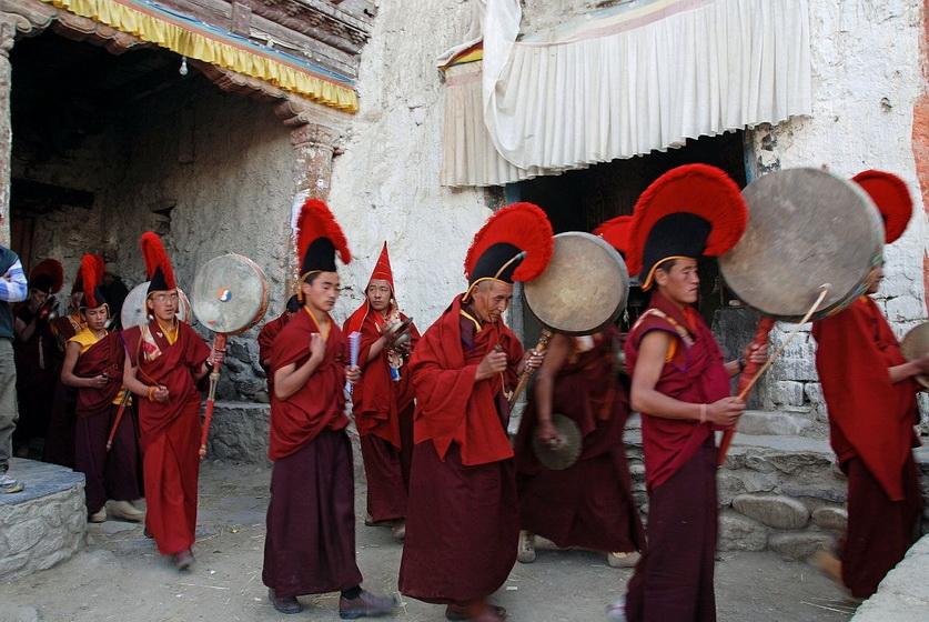 Празднование Тидж в Индии